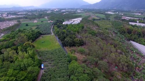 舊寮圳上空鳥瞰--舊寮舊圳是高樹開鑿最早,灌溉最具規模的圳道,也是文獻上記載由客家移民開鑿的水圳。