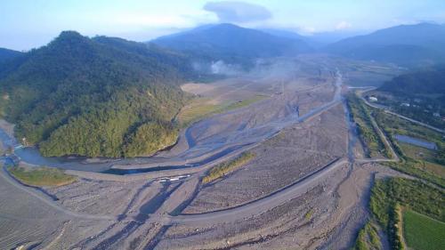 天埤電廠的導水路及進水口