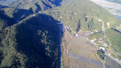 天埤電廠與九芎湖全景