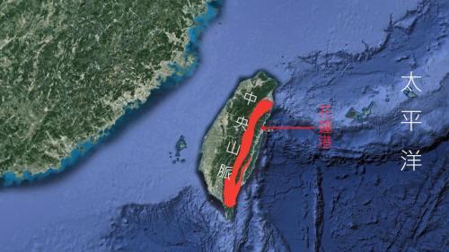 花蓮港地理位置:花蓮港位於臺灣花蓮縣花蓮市,東臨太平洋,西依中央山脈,是個國際商港。
