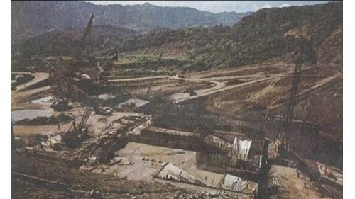 曾文水庫溢洪道基礎開挖