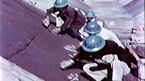 榮工處榮民們興建石門水庫渠道舖設內面工