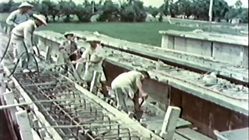 榮工處專業化的橋樑工程隊橋樑施工中