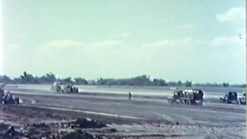 榮工處第一個重機械作業的工程,也是榮工處承辦的 第一個大規模飛機場工程。