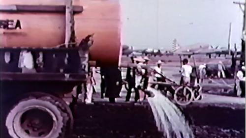 榮工處承建屏東機場擴建工程:灑水車作業