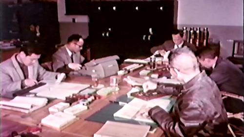 早期榮工處辦公室人員詳細計算工程施工成本