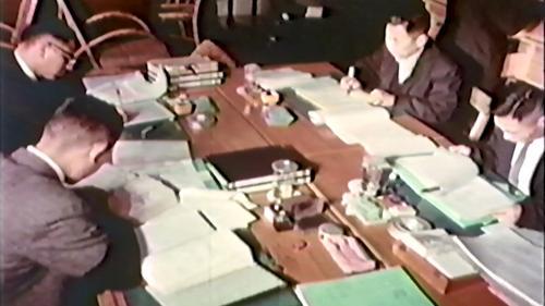 早期榮工處辦公室人員詳細記載榮工人員專長及物料管理