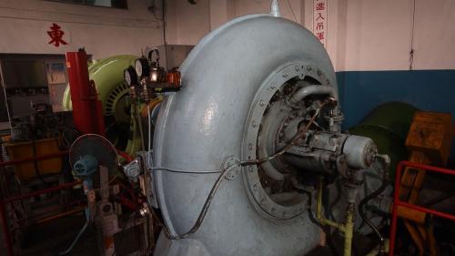 大安溪后里電廠內的兩部橫軸單渦卷法蘭西斯式水輪發電機組