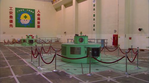大安溪流域卓蘭電廠內的發電機組