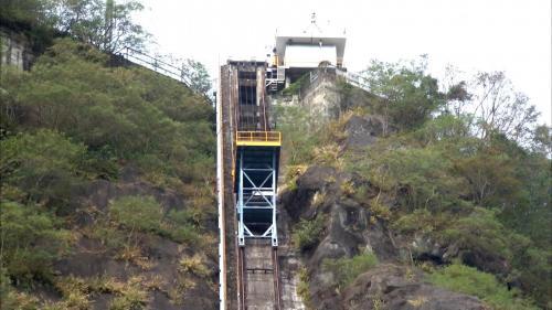 石門水庫上游榮華壩維修升降梯