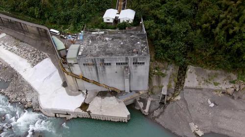 石門水庫上游的義興電廠俯瞰