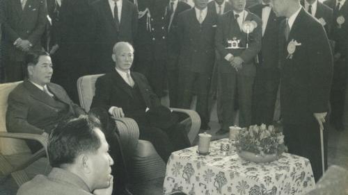 南部火力電廠建成後越南總統吳延琰蒞廠參觀