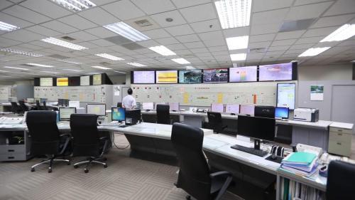 南部火力電廠控制室