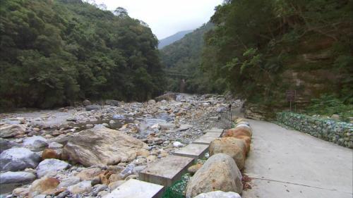 立霧電廠另一水源砂卡礑溪及砂卡礑(維修)步道