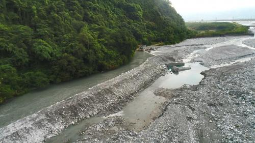 壽豐溪流域溪口電廠取水口及臨時堤堰