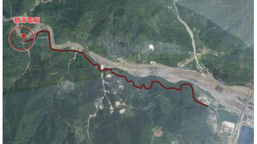從台九線蘇花公路和平村大濁水林道,沿著和平溪往西出發,經過11公里的林道即可抵達碧海發電廠。
