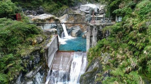 龍鳳壩在1984年完成
