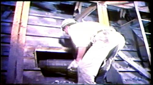 榮工處承辦之曾文水庫導水隧道工程以混凝土泵澆置混擬土