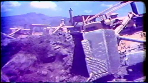 榮工處承建曾文水庫大壩填築施工道路回填