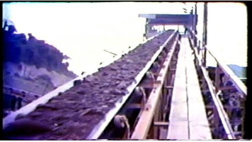 興建曾文水庫的溢洪道及地下電廠,需要超過50餘萬立方公尺的混凝土,榮工處因此裝設了一座每小時可以生產200噸以上混凝土骨料的碎石場。