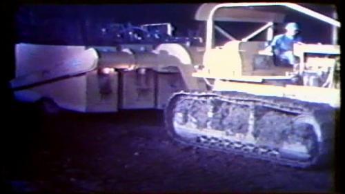 因為工期急迫,曾文水庫工程是日夜兩班施工的。