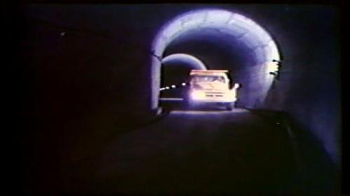 曾文電廠於民國56年10月開始動工興建, 62年7月12日完工正式啟用,連絡交通的通達隧道長度392公尺,引水隧道、尾水隧道長度各約100公尺。
