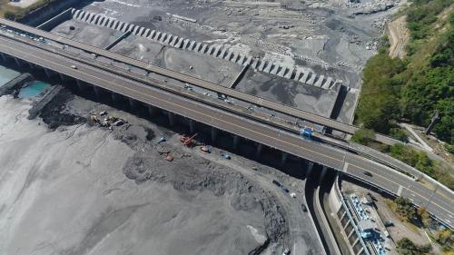 濁水溪集集攔河堰枯水歳修工程