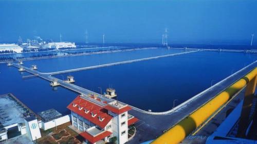 位於麥寮離島式工業區,佔地面積20公頃。