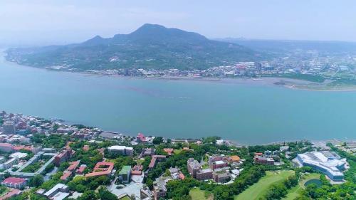 台北港所在的淡水河俯瞰圖