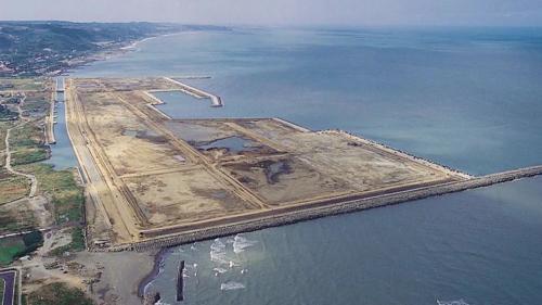 1997台北港第一期工程的填海造地