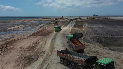 台北港填築新生地均使用大台北地區公共工程的廢土,同時解決大台北地區廢土問題。