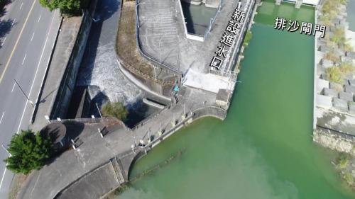 斗六大圳斗六堰排砂閘門及新設進水口俯瞰