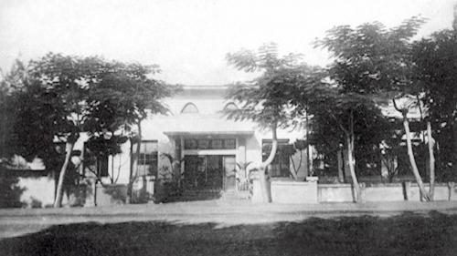 於1922 年(大正11 年)成立「八堡水利組合」