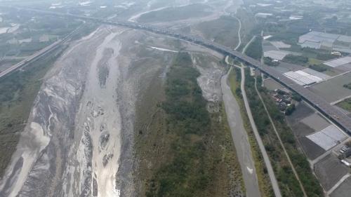八堡圳取水源濁水溪俯瞰