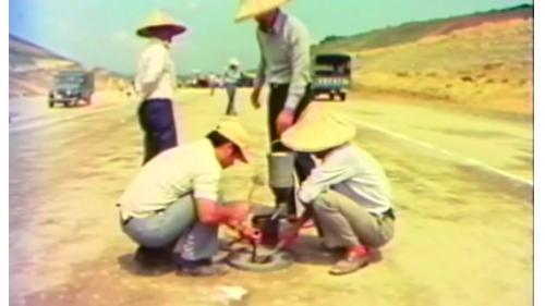 榮工處建造中山南北高速公路用標準沙密度試驗法來測驗路基密度