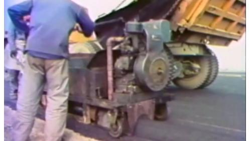 榮工處承辦之中山南北高速公路工程柏油路施工