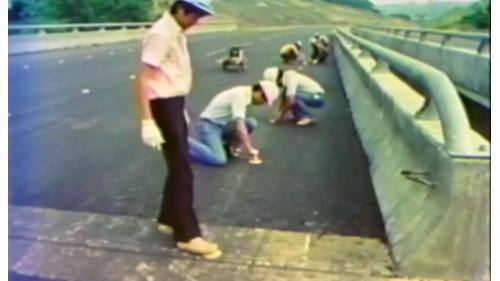 榮工處承辦之中山南北高速公路工程裝設路面反光標記
