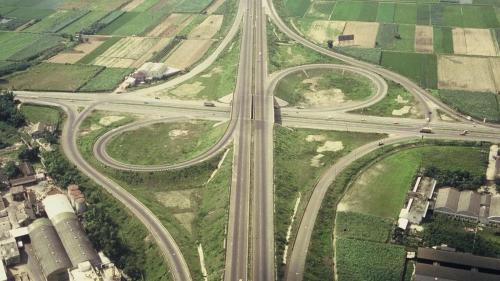 榮工處承辦之中山南北高速公路舊照