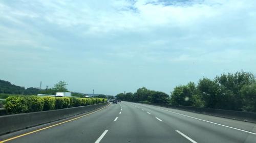 榮工處承辦之中山南北高速公路由車內拍攝