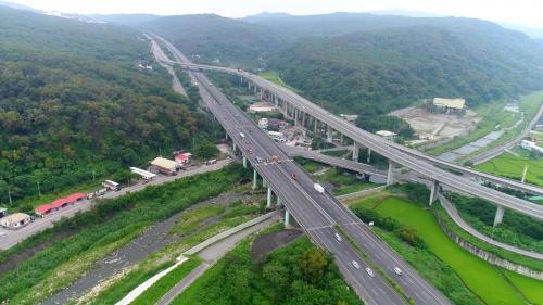 榮工處承辦之中山南北高速公路