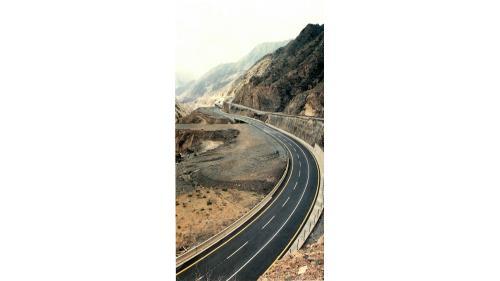 榮工處承接沙烏地迪拉降波道路工程