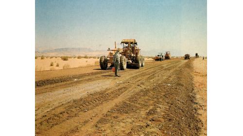 榮工處承接的約旦沙菲馬茲拉公路施工