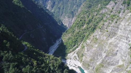 大甲溪主流長度共140公里,流域面積1235.73平方公里。