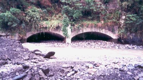 2001年7月31日發生桃芝風災,造成尾水隧道受阻。
