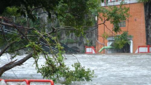 2001年7月31日發生桃芝風災,造成尾水隧道、電廠通道及廠房嚴重淹水。