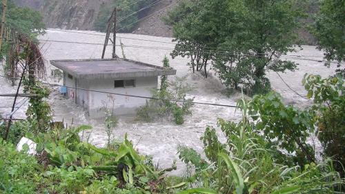 2004年遭敏督利颱風造成廠房淹水受損,2009年開始復建工程,並於2015年底完成復建工程開始重新商轉。