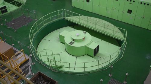 大甲溪流域新青山電廠豎軸發電機組