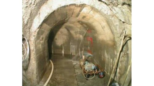 大甲溪青山電廠受2005年馬莎颱風侵襲,廠房上游排水廊道滲水,以減滲灌漿處理