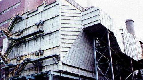 1982年深澳電廠新增靜電集塵器,大幅減低排氣中粒狀汙染物。