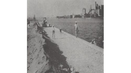 戰後高雄港修建:深水碼頭路基舖設工作